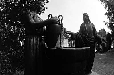 Emanuele Padovani Raccolta foto sulla vita del Cristo realizzate nel cimitero monumentale di Milano